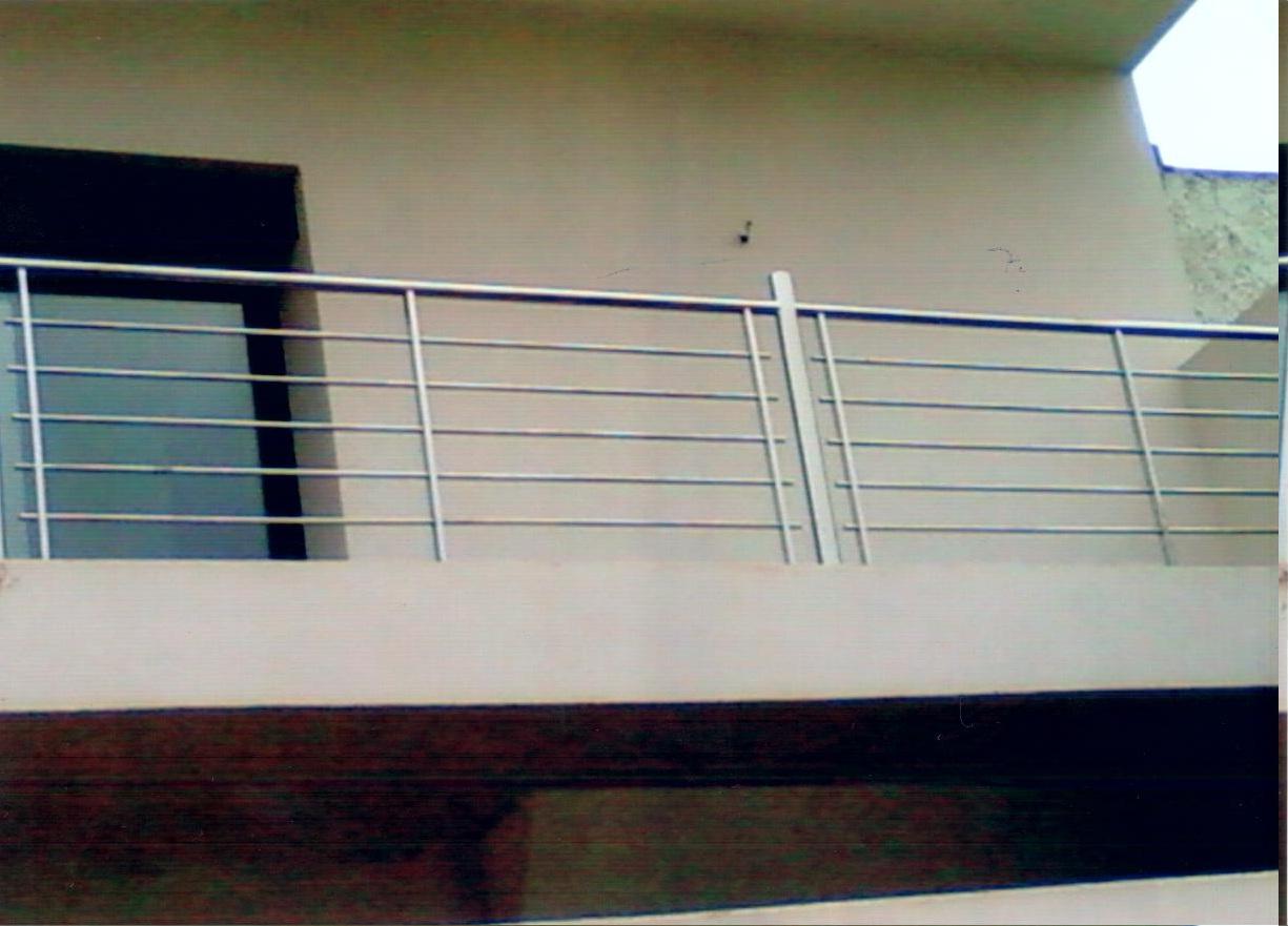 barri re de balcon en aluminium des photos des photos de. Black Bedroom Furniture Sets. Home Design Ideas